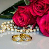 wedding-rings-2252438_1920-600